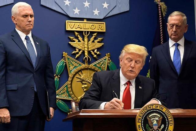 Trump verhängt Einreisestopp für sieben muslimische Staaten