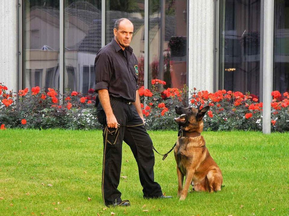 Sorgt mit Hunden für Sicherheit im Kurpark: Reinhold Göbel  | Foto: privat