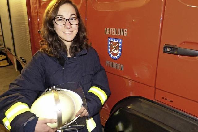 Eva Schiesel ist die erste Feuerwehrfrau der Pfohrener Wehr