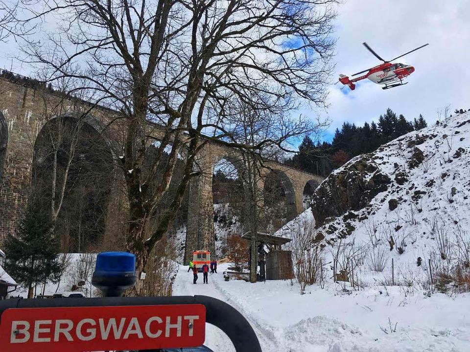 Ein Base-Jumper ist von der Ravennabrü...sprungen und hat sich schwer verletzt.  | Foto: Bergwacht Schwarzwald