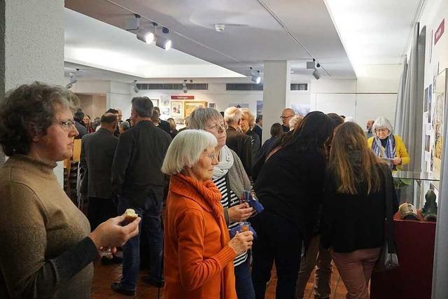 Ausstellung: Fünf Gemeinden im Kreis Lörrach feiern