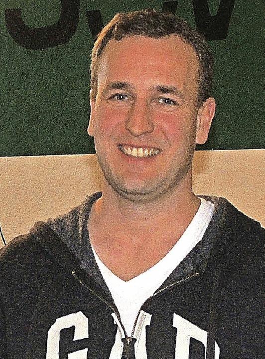 Kassierer Andreas Hoch wurde für seine...mtsurkunde  des  DFB    ausgezeichnet.  | Foto: Dieter Erggelet