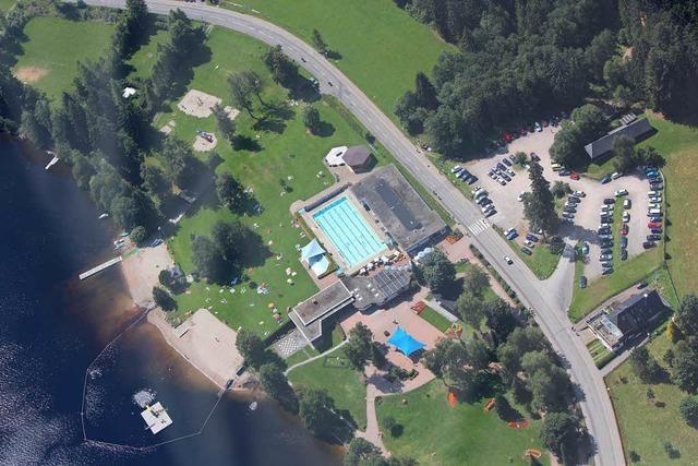 Sparmaßnahmen: Strandbad Titisee ohne beheiztes Becken?