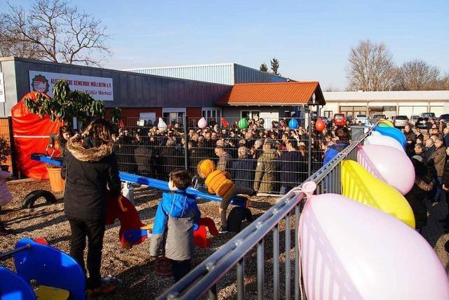 Aleviten demonstrieren in Müllheim gegen die Politik von Erdogan