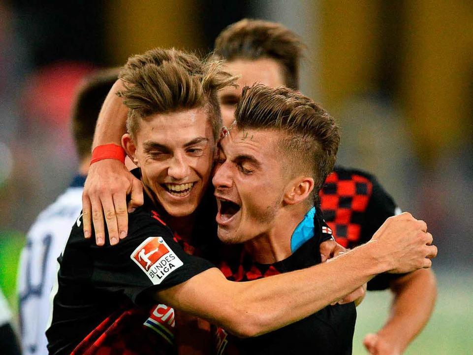 Lucas Hufnagel (links) soll beim 1. FC Nürnberg mehr Spielpraxis bekommen.  | Foto: dpa
