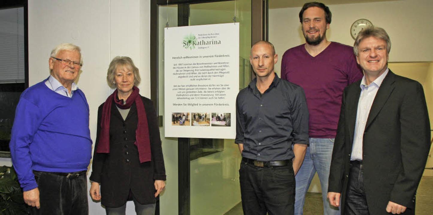 20 Jahre besteht der Förderverein für ...ung des Abschiedsraums mit 5000 Euro.   | Foto: Ruth Seitz