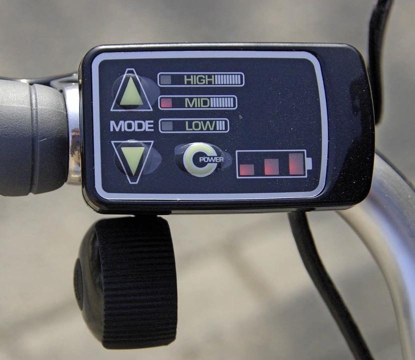 Der Schalter für den eingebauten Rückenwind  | Foto: HELMUT SELLER