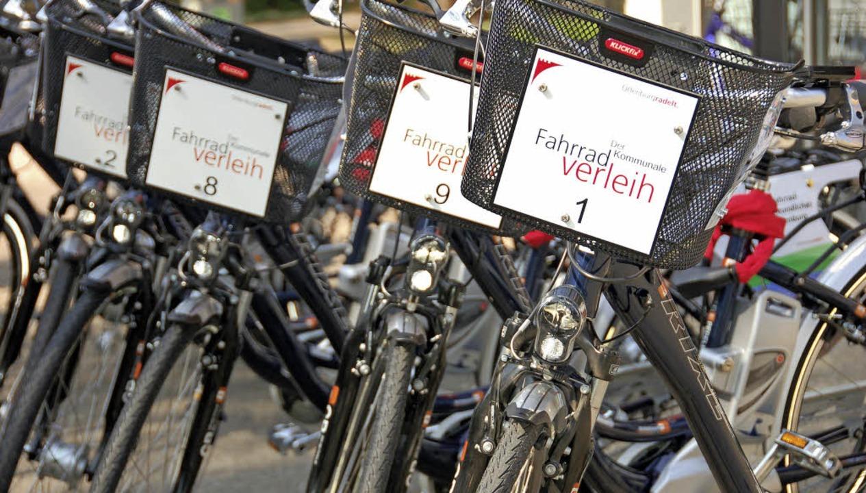 Seit 2011 können  in Offenburg Pedelec...eimischen und Touristen rege genutzt.   | Foto: Helmut Seller