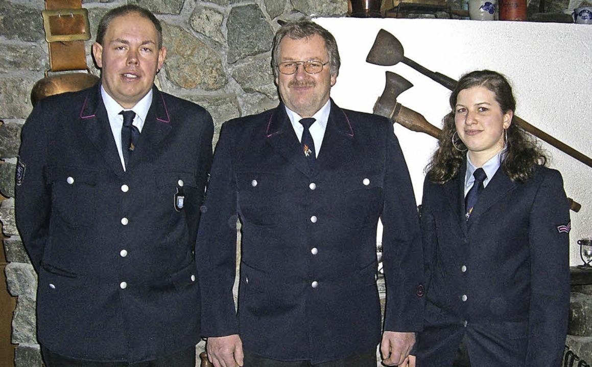 Beförderungen bei der Feuerwehrabteilu...ür die Truppmannausbildung absolviert.  | Foto: Cornelia Selz