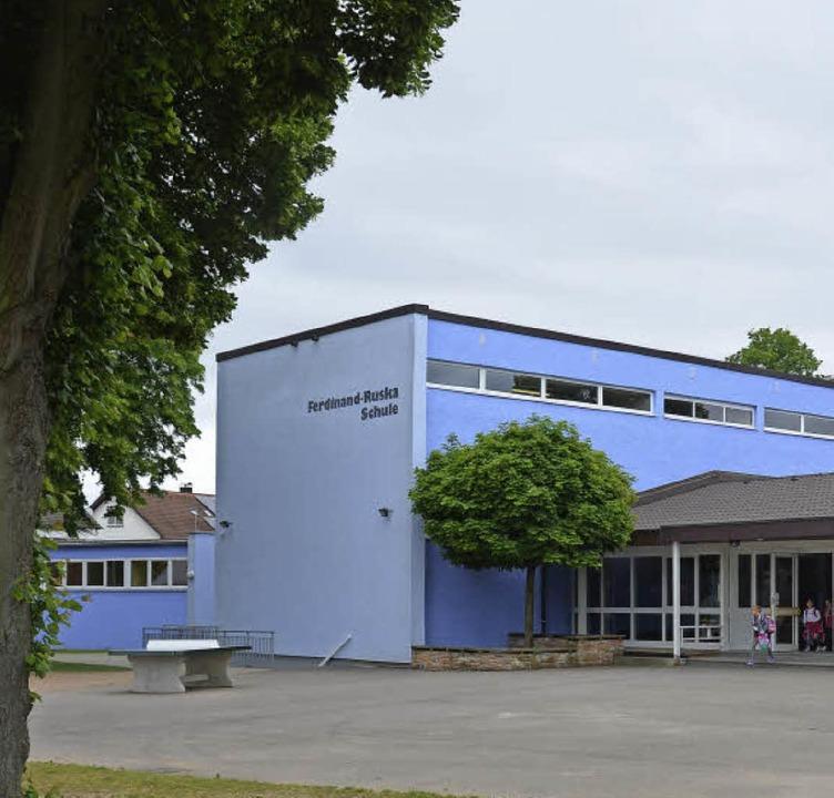 Die Ferdinand-Ruska-Schule wird zur Ge...ebaut – in der großen Variante.   | Foto: Klaus Fischer