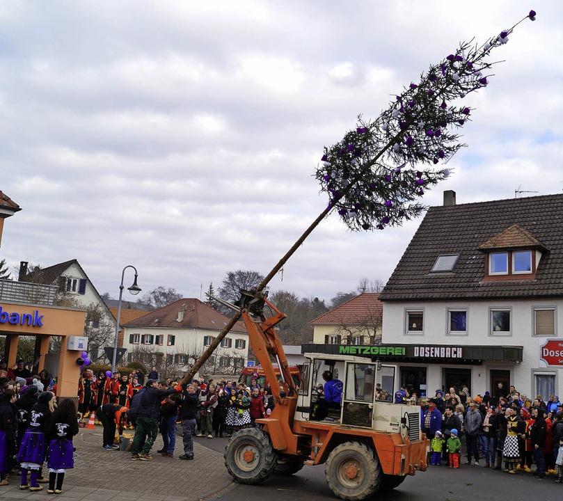 Die Schludri-Hexe Schliengen veranstal...– und sie feierten nicht allein.  | Foto: Silke Hartenstein