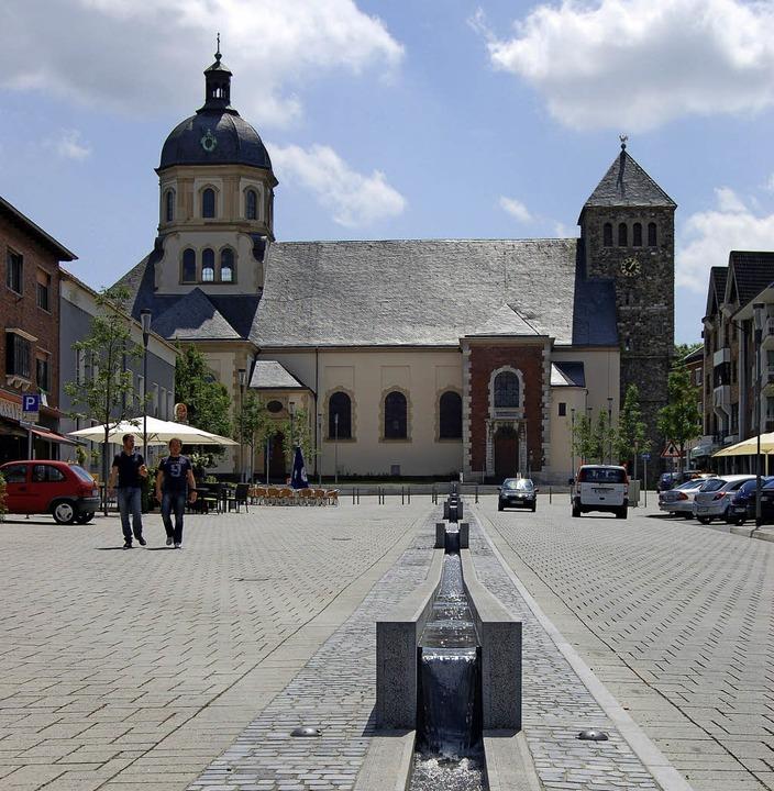 Wasserturm und Marktplatz machen Würselen nicht zum Touristenziel.   | Foto: Pressestelle Stadt Würselen