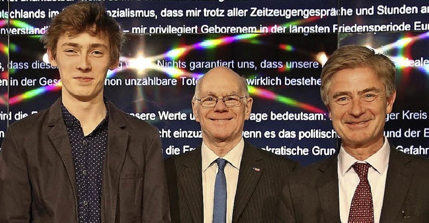 <BZ-FotoAnlauf>Preisverleihung:</BZ-Fo...eten Matern von Marschall (von links)   | Foto: bz
