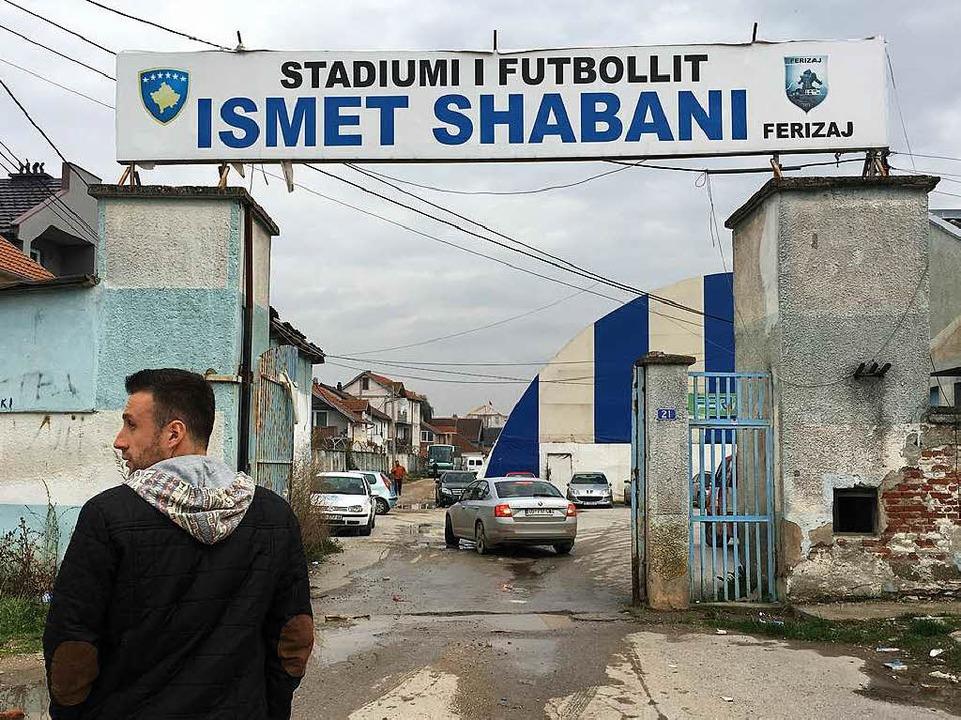 Auf dem Weg zum Spiel des KF Ferizaj gegen KF Llapi  | Foto: Marius Buhl