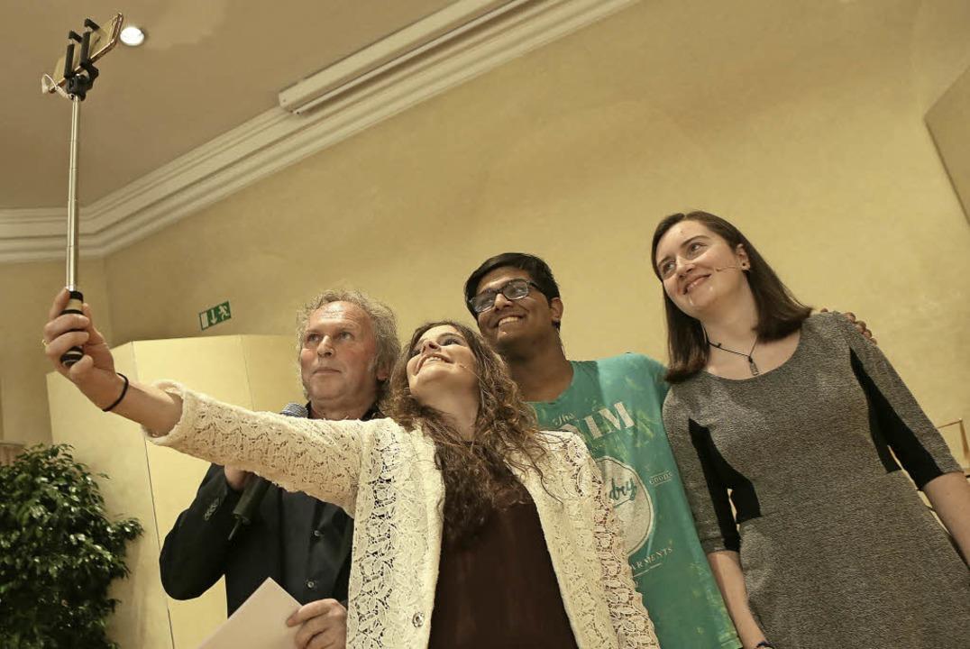 Digitale Herausforderung: Selfie im Pflugsaal     Foto: Christoph Breithaupt