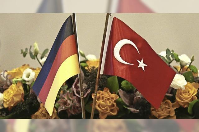 Merkel unterstreicht bei Treffen mit Erdogan Bedeutung von Meinungsfreiheit