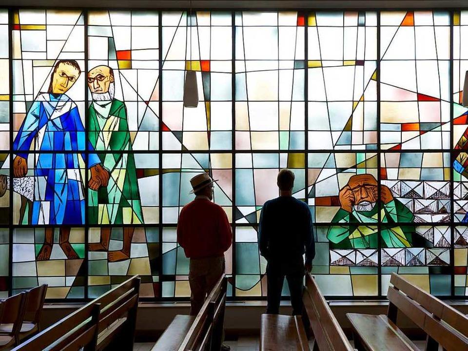Kirchenfenster von Otto Dix in der Petruskirche von Kattenhorn  | Foto: Ulrike Klumpp, Tourismus Untersee