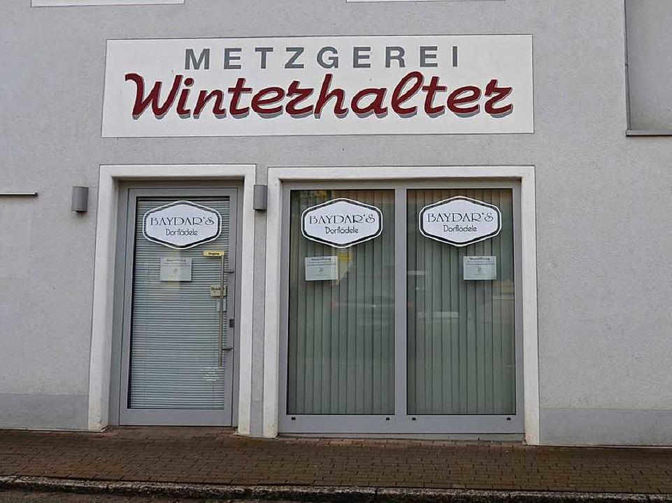 Der neue Laden eröffnet in den  Räumen...f der Fassade bleibt vorerst bestehen.  | Foto: Moritz Lehmann