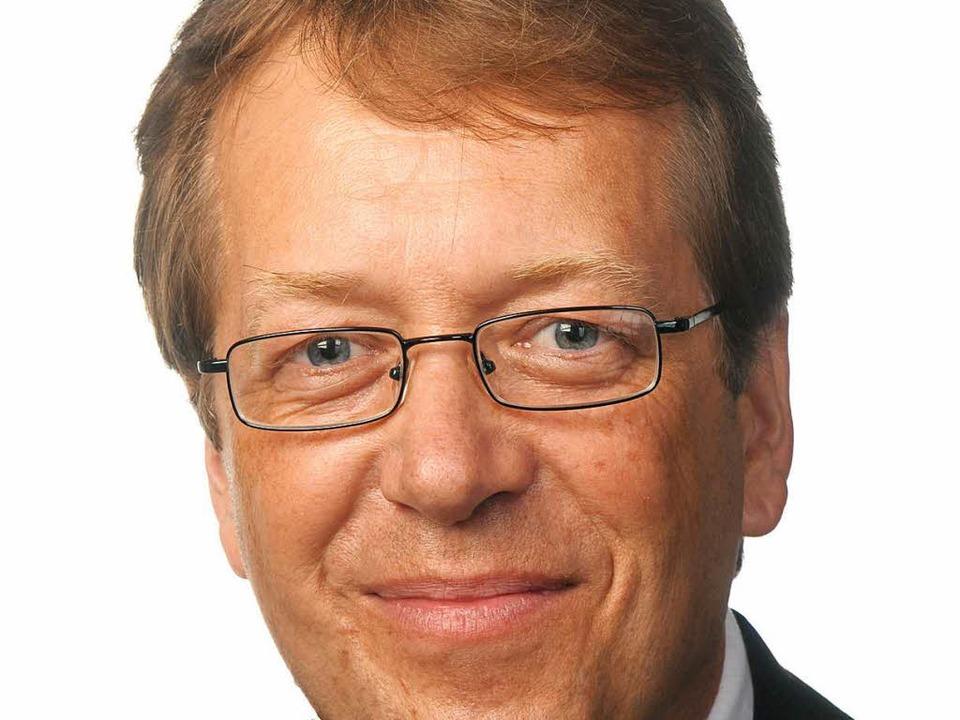 Martin Rießle in einer von neun Bürgermeisterkandidaten für Simonswald.  | Foto: privat