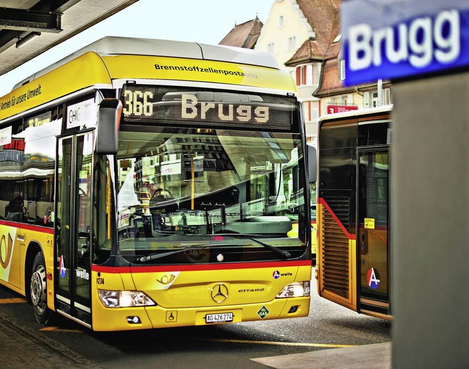 Die Hightech-Busse werden ausschließlich mit Wasserstoff betankt.   | Foto: ZVG