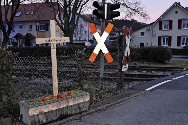 Gedenkkreuz für den Übergang Rheinstraße