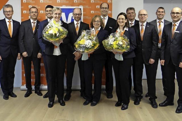 Volksbank ehrt Mitarbeiter