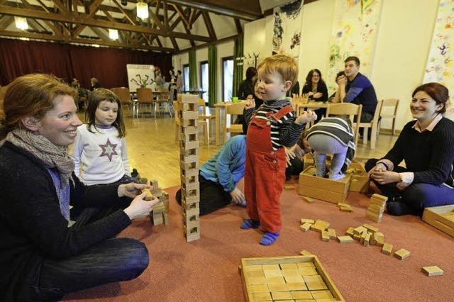 Woche der Familienzentren: Eltern, Kinder und Kuchen in Haslach