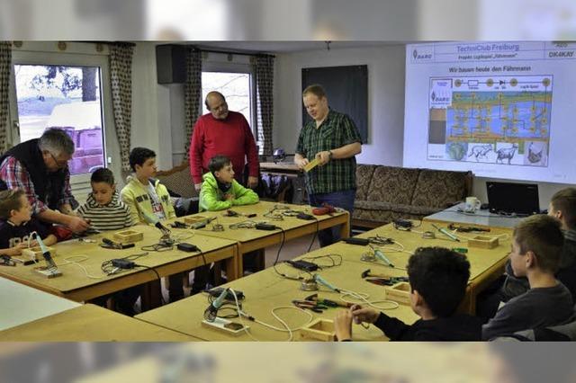 Elektronikbasteleien beim Deutschen Amateur-Radio-Club
