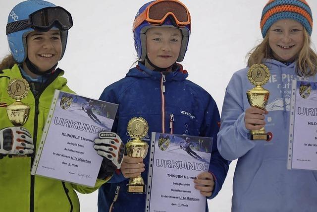 Nachwuchs-Skifahrer messen sich
