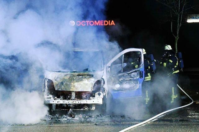 Auto fängt nach dem Starten Feuer