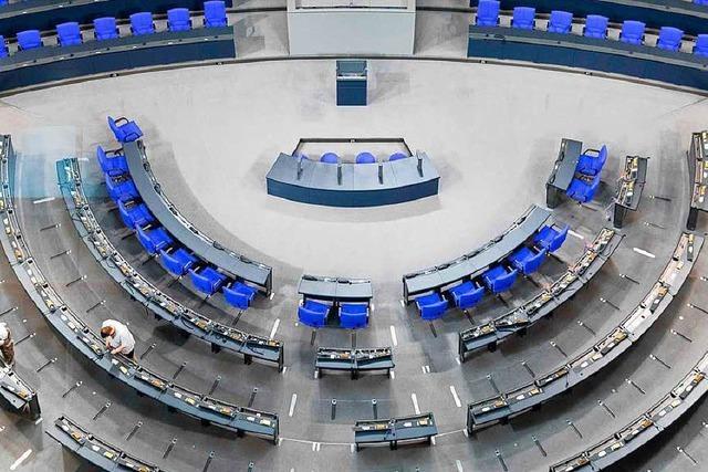 Alles muss raus: Bundestag wird für Präsidentenwahl umgebaut
