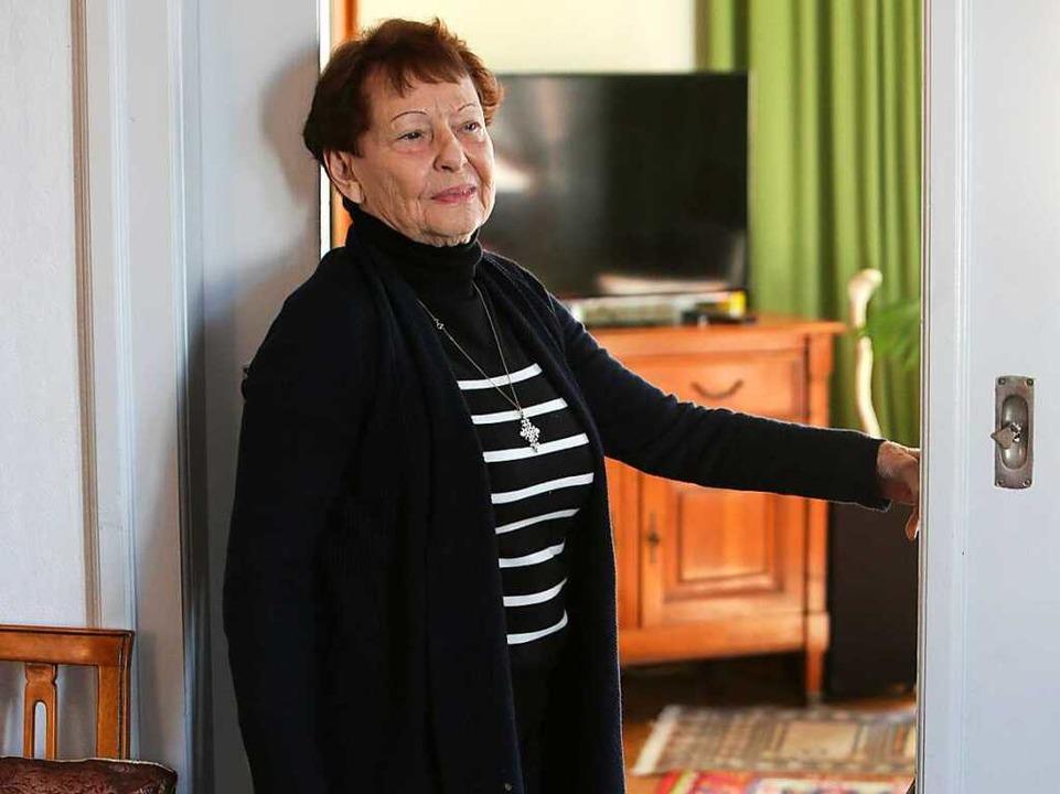 Die 88-jährige Senta Groß aus Lahr  hat ein bewegtes Leben hinter sich.  | Foto: Christoph Breithaupt