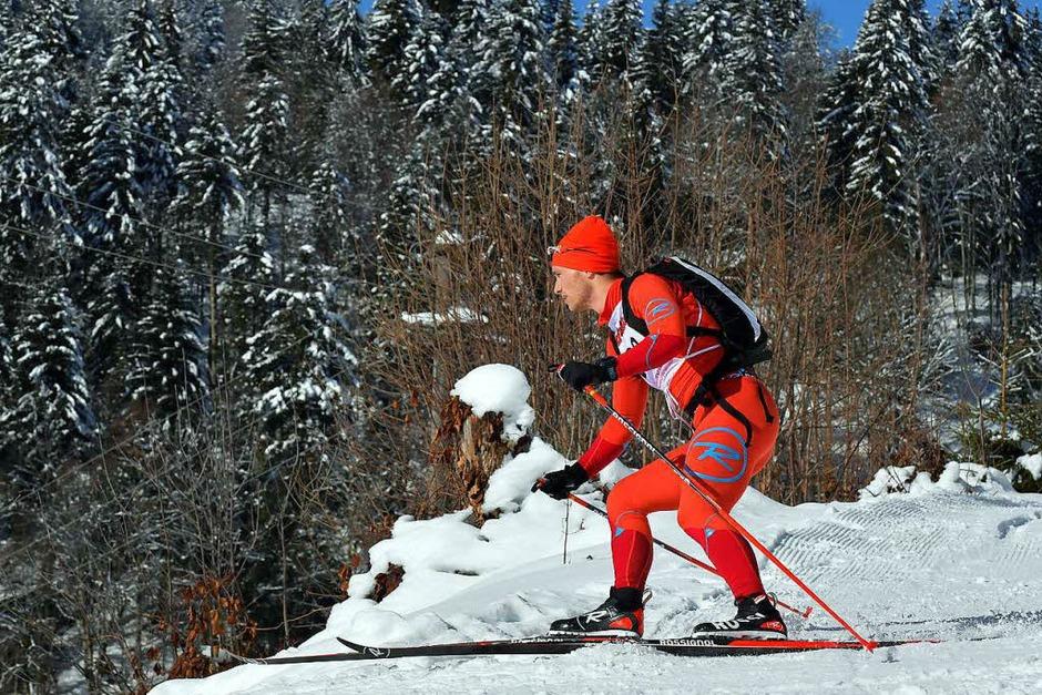 Gut gelaunt: Auf den Skiern von Hinterzarten über den Feldberg bis zum Belchen. (Foto: Wolfgang Scheu)