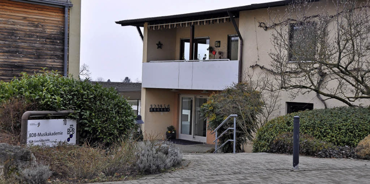 Der Eingang zur BDB-Musikakademie am derzeitigen Standort am Bötzen in Staufen  | Foto: Rainer Ruther