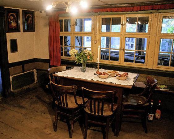 hotzenhaus mausert sich zu kulturzentrum murg badische zeitung. Black Bedroom Furniture Sets. Home Design Ideas