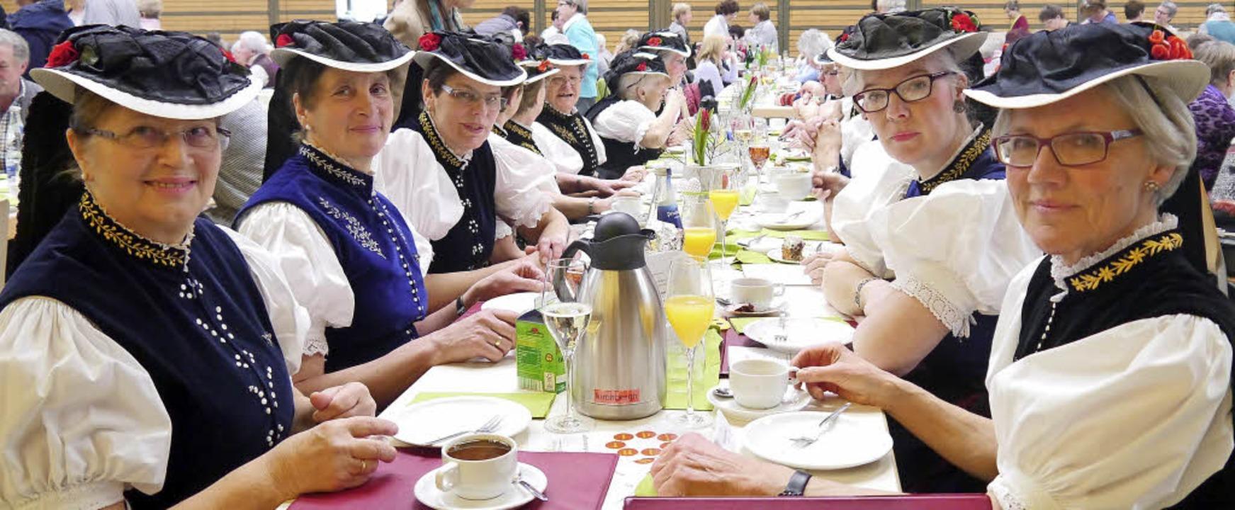Über 500 Landfrauen aus dem Bezirk Fre...ieder des Landfrauenchors St. Märgen.   | Foto: Barbara Riess