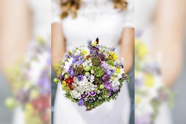 Natürliche Brautsträuße, wie frisch gepflückt, sind derzeit angesagt