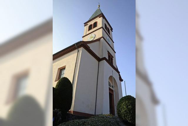 Neue Risse: Kirche bleibt vorerst zu
