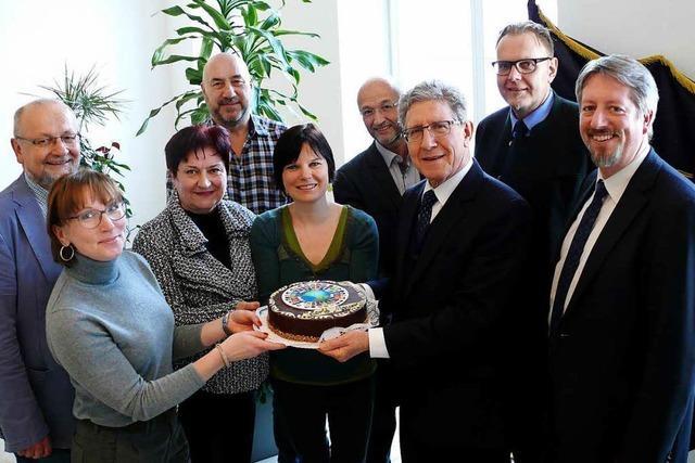 Für den World Vize Mayor gibt es Torte