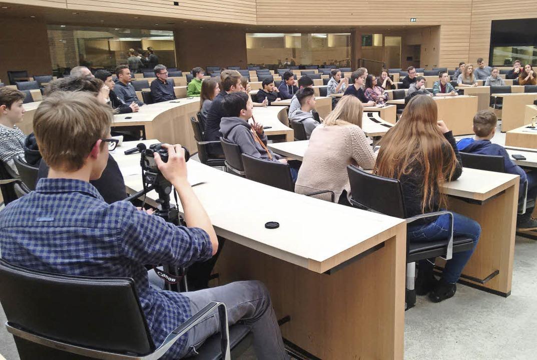 Jugendliche, auch aus dem Elztal, schnupperten Landespolitik.   | Foto: ZVG