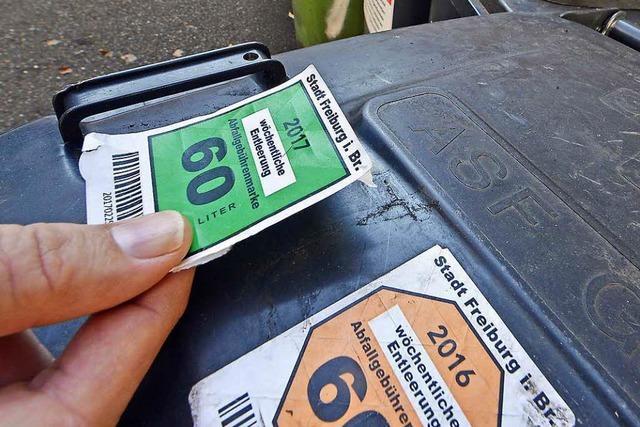 Freiburgs Abfallwirtschaft muss Müllmarken in die Tonne treten
