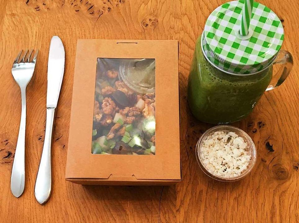 Salat und Saft von Vida (Archivbild)  | Foto: Konstantin Görlich