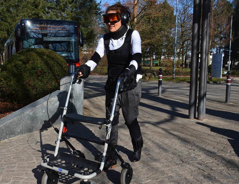 Sabine Bauder von der Touristinfo Ihri...Alter von 80 Jahren katapultiert wird.  | Foto: Gabriele Hennicke