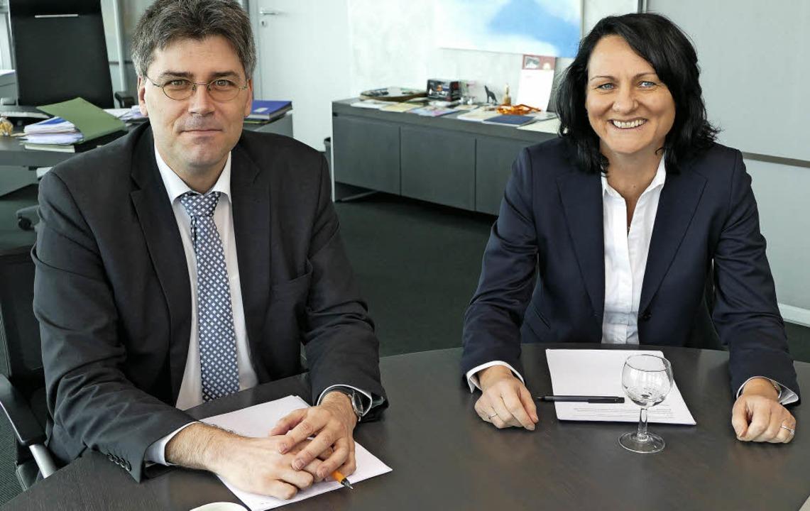 Landrat Martin Kistler und Geschäftsfü... die gesamte Spitäler Hochrhein GmbH.   | Foto: Axel Kremp