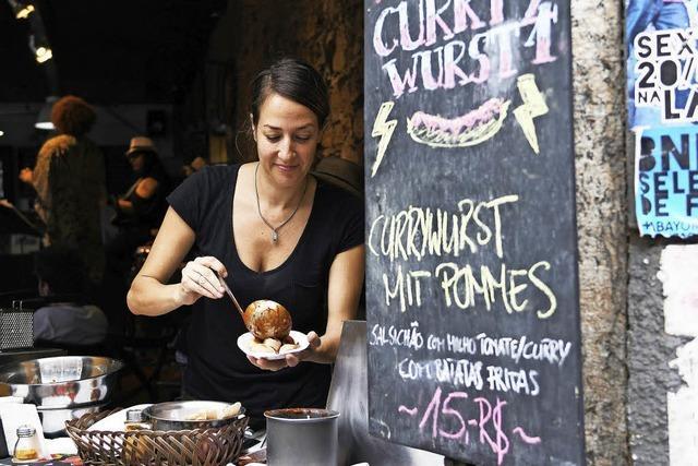 Ein schwäbischer Auswanderer verkauft am Zuckerhut Currywurst