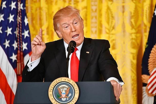 Trump lobt seine Regierungsarbeit - und greift die Medien an