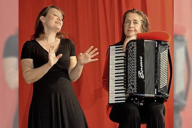Cordula Sauter und Katharina Bohny mit