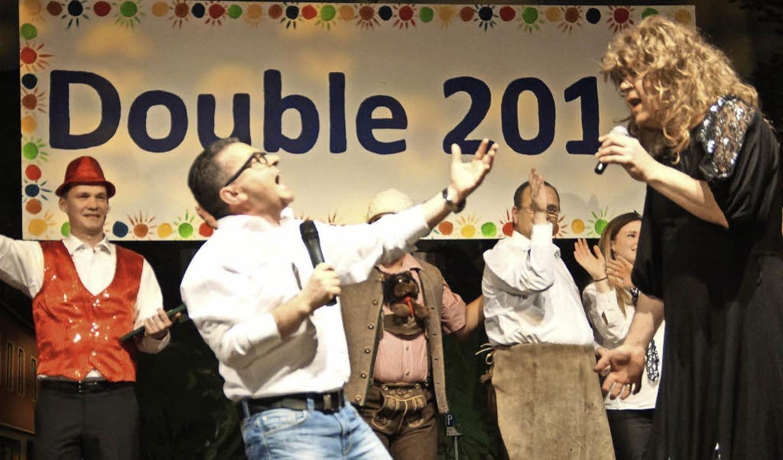 Gewinnt den Pokal: Der Todtnauer Zunft...mmer auf der Bühne der Silberberghalle  | Foto: verena wehrle