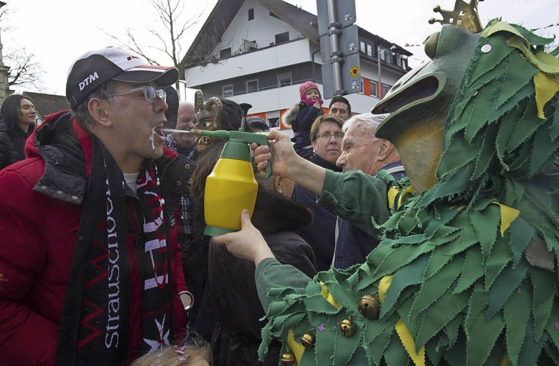 Erfrischender  Froschkönig  | Foto: Volker Münch