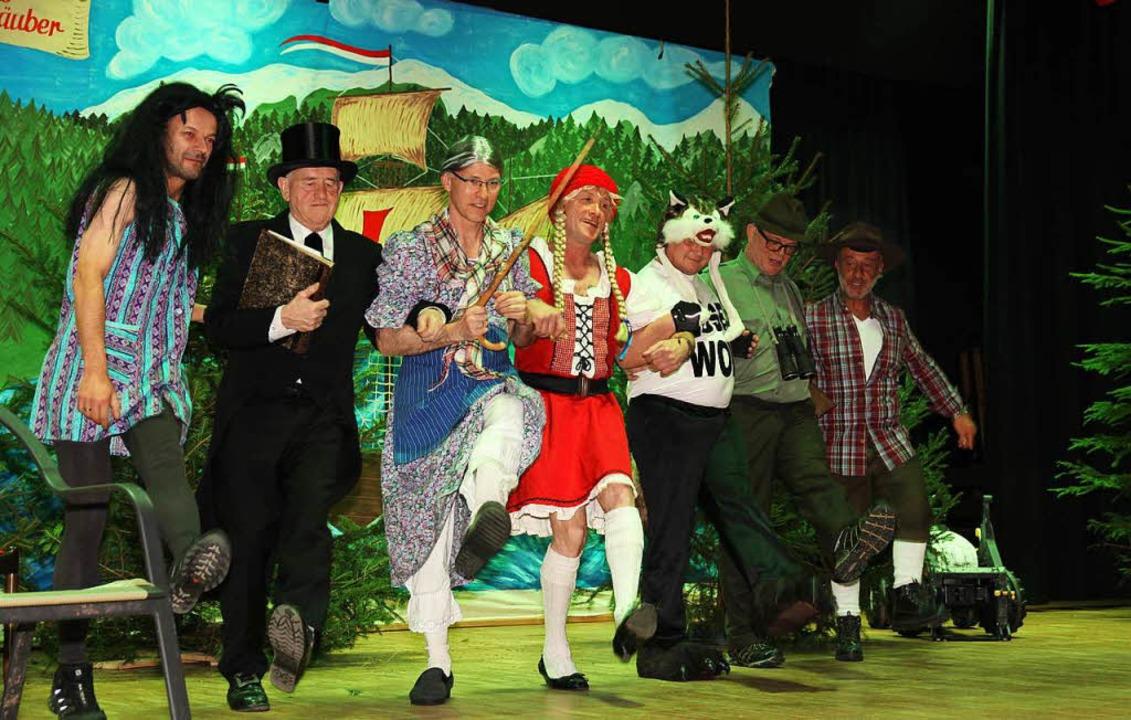 Elferräte und Piraten wussten neue  Wahrheiten zum Märchen Rotkäppchen.  | Foto: Eva Korinth